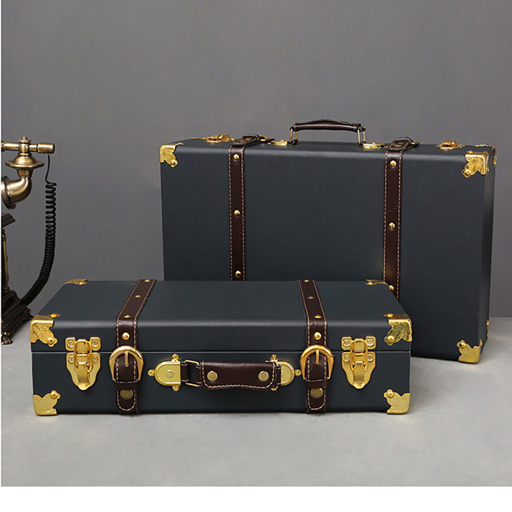가죽클래식트렁크 가방 (중) (Among the leather classic trunk bags)