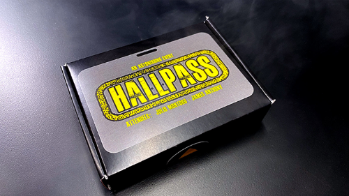 ***HALLPASS (Gimmicks and Online Instructions) by Julio Montoro***HALLPASS (Gimmicks and Online Instructions) by Julio Montoro